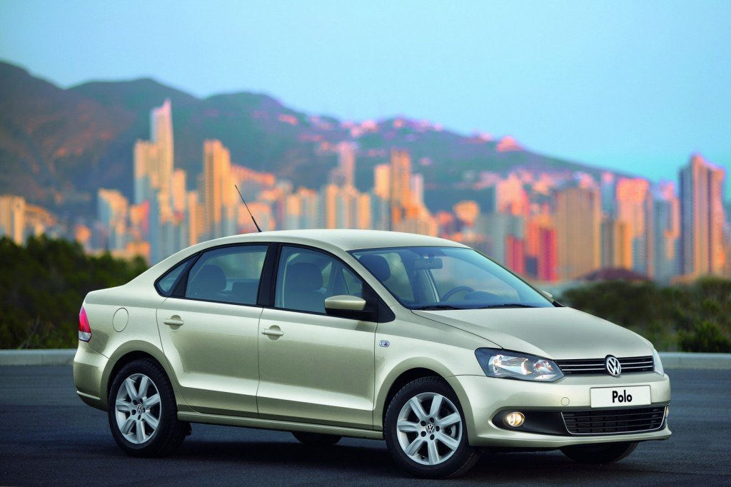 2010-Volkswagen-Polo-Sedan