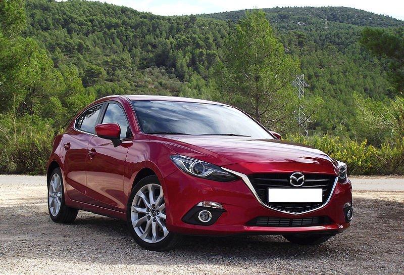 Новая Mazda 3 – видео обзор и технические характеристики