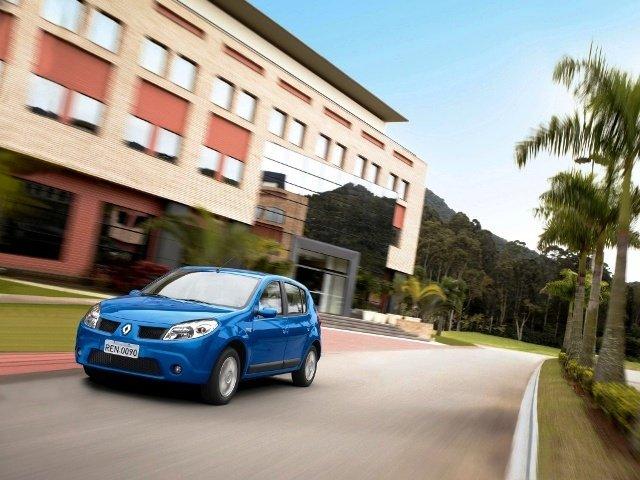 Объявлены цены на Renault Sandero Stepway  в России