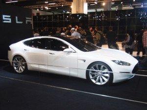 Tesla на выставке
