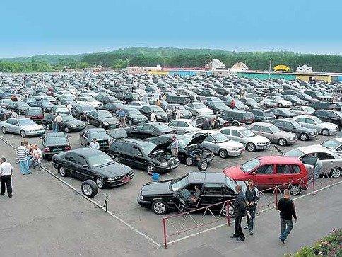 Продажи б/у машин на Украине падают