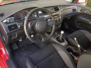 Салон Mitsubishi Lancer Evo