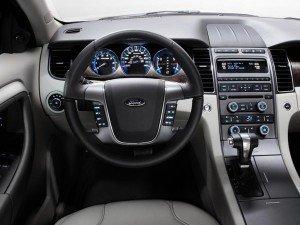 Интерьер Ford Taurus