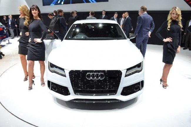 Audi испытает свой автопилот на RS7