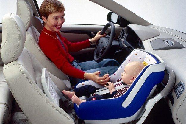 Кресла в автомобиль