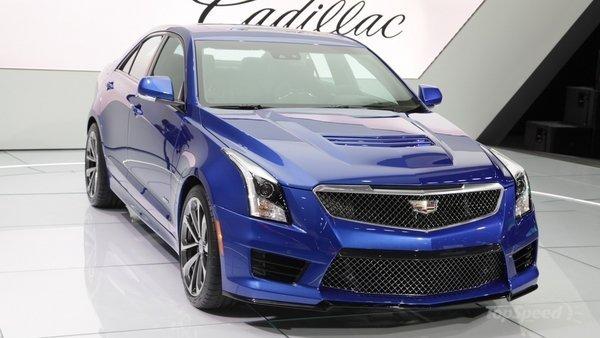 Cadillac бросает вызов Mercedes AMG и BMW Motorsport