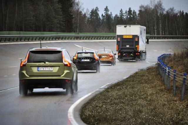 Следование за другим транспортным средством помогает сэкономить топливо