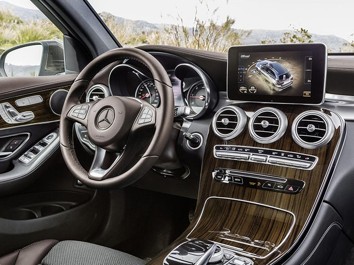 Интерьер Mercedes-Benz GLC