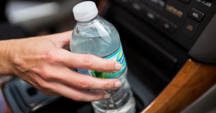 вода в салоне авто