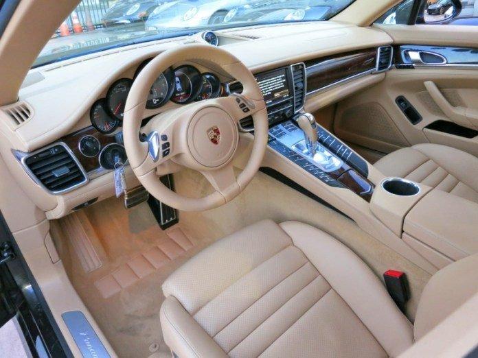 Porsche-Luxor-Beige